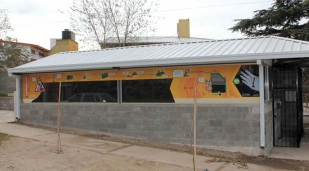 Lombrifiltro en el Fantasio Villa Carlos Paz, soluciona el problema de contaminación de 30 viviendas que desbordaban sus efluentes a la calle.